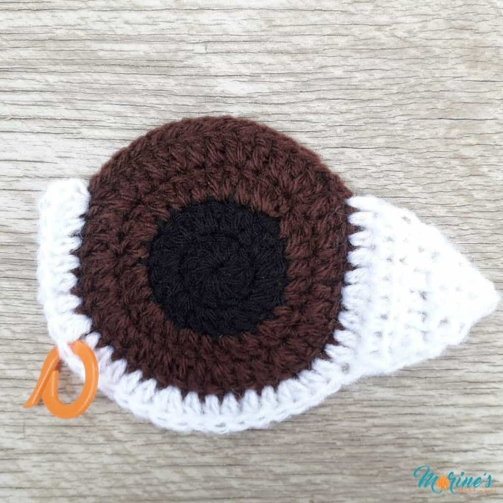 Crochet eye applique