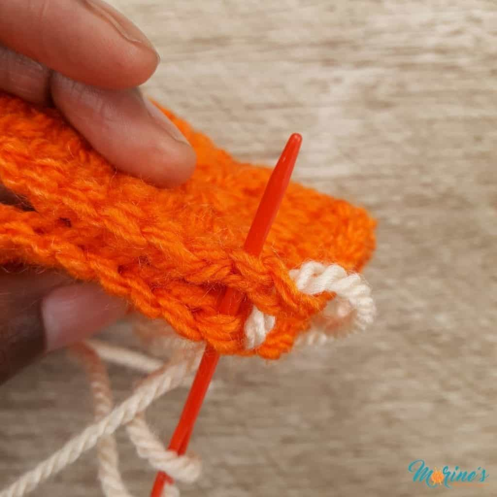 Pull the yarn so it is snug, but not too tight.